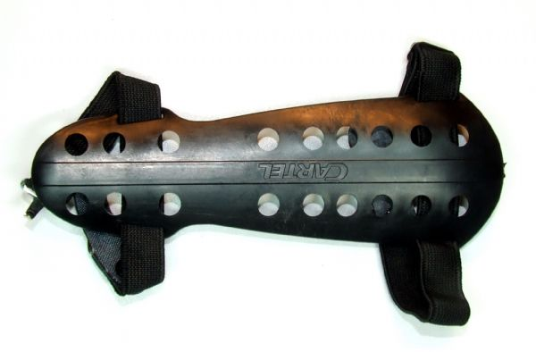 Cartel Black Flexible Plastic Armguard CR-6 Model
